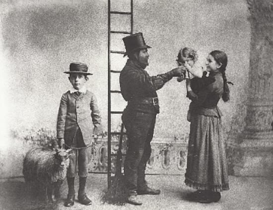 Johannes Dressel mit Kinder Albert, Maria und Josefine, um 1890