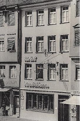 Neue Hausfassade (Arch. H. Wurm) um 1955
